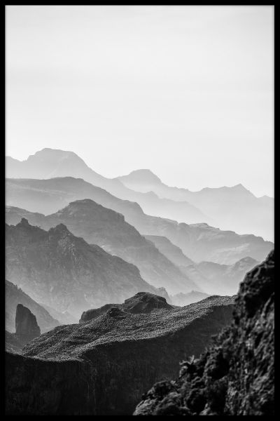 Misty Mountains Black & White Plakat